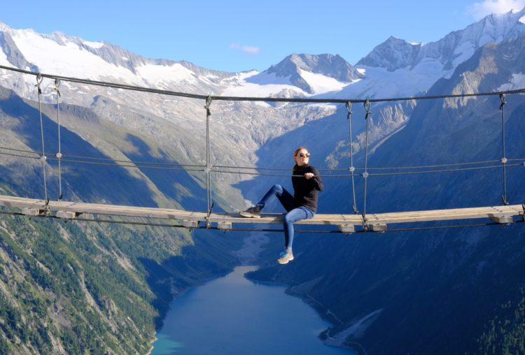 Подъем к панорамному мосту Kebema Panoramabrücke в Австрии
